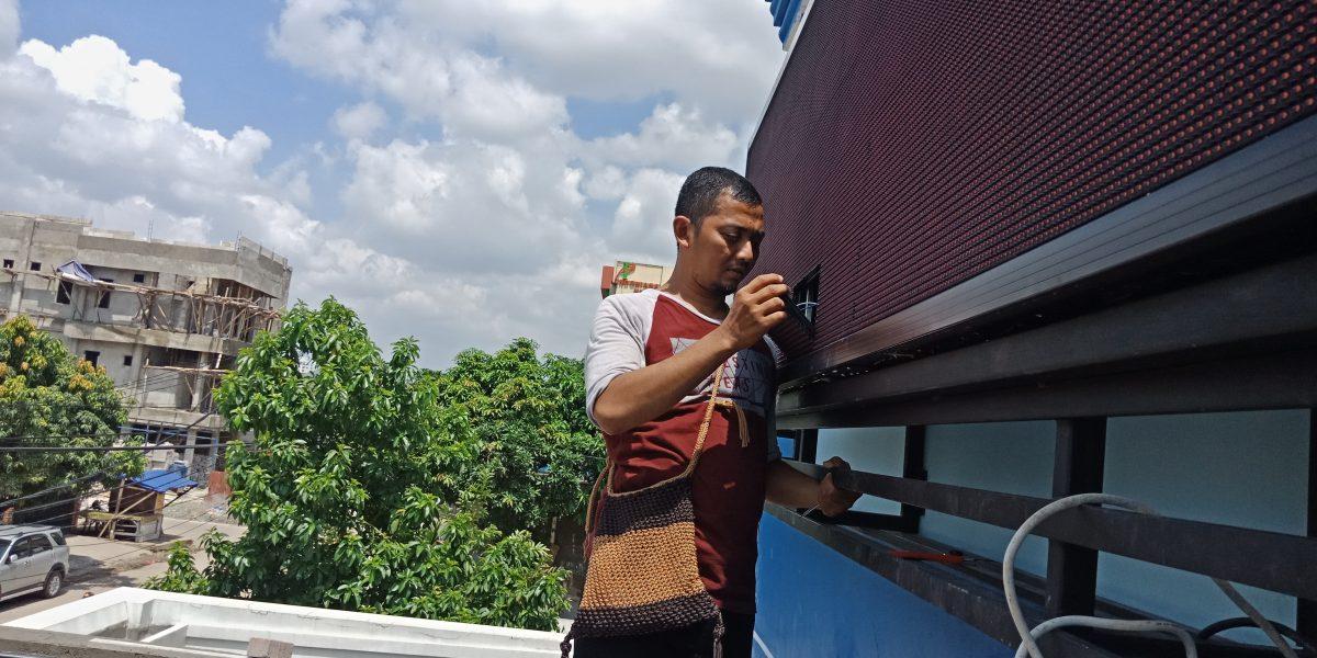 Jual Running Text di Bukit Duri